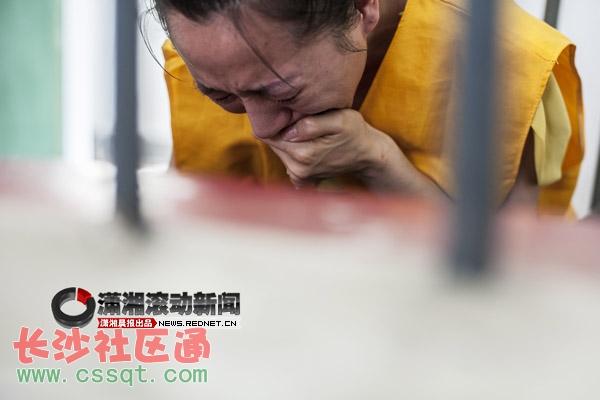 杭州火车站订票电话_郴州酒托聊天扮女白领 10元一瓶红酒卖价上千元_市州_长沙社区通