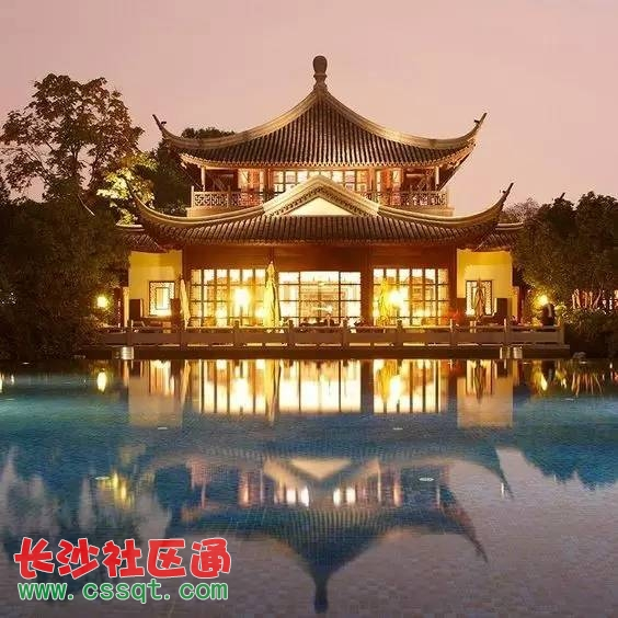 中国古代建筑在平面布局方面有一种简明的组织规律图片