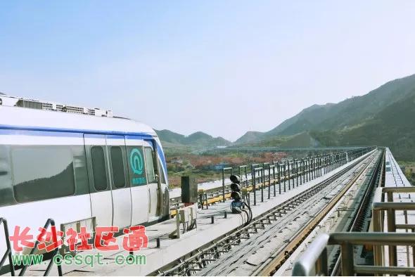 青岛地铁11号线4月23日上午开通试运营