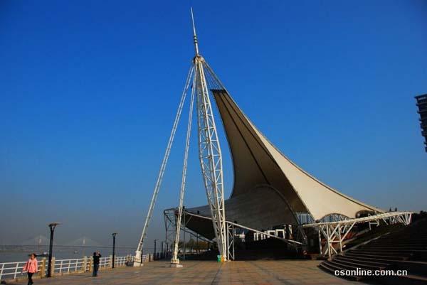 长沙市东岸湘江风光带